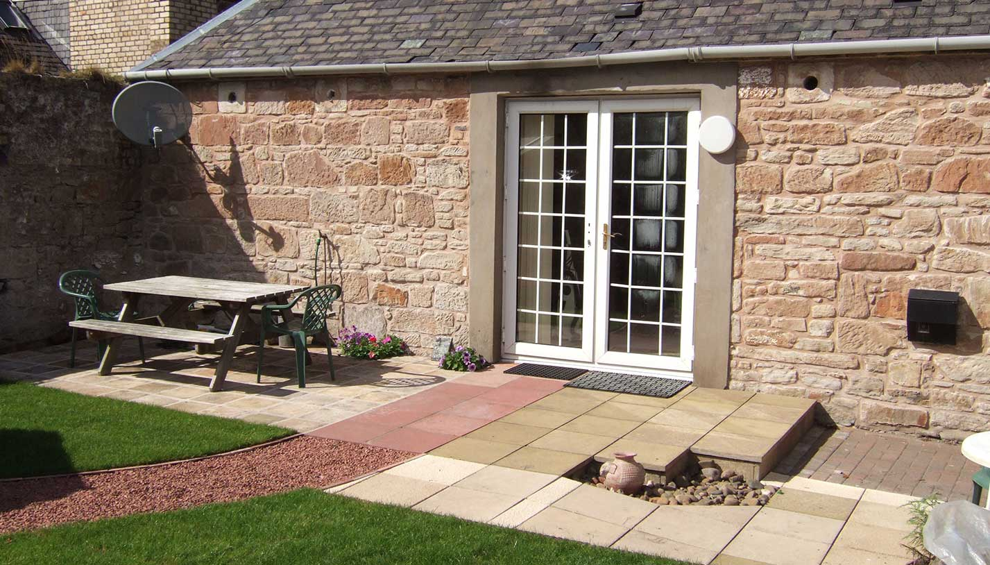 Vacation Accommodation - Dairy Cottage Ayr, Scotland