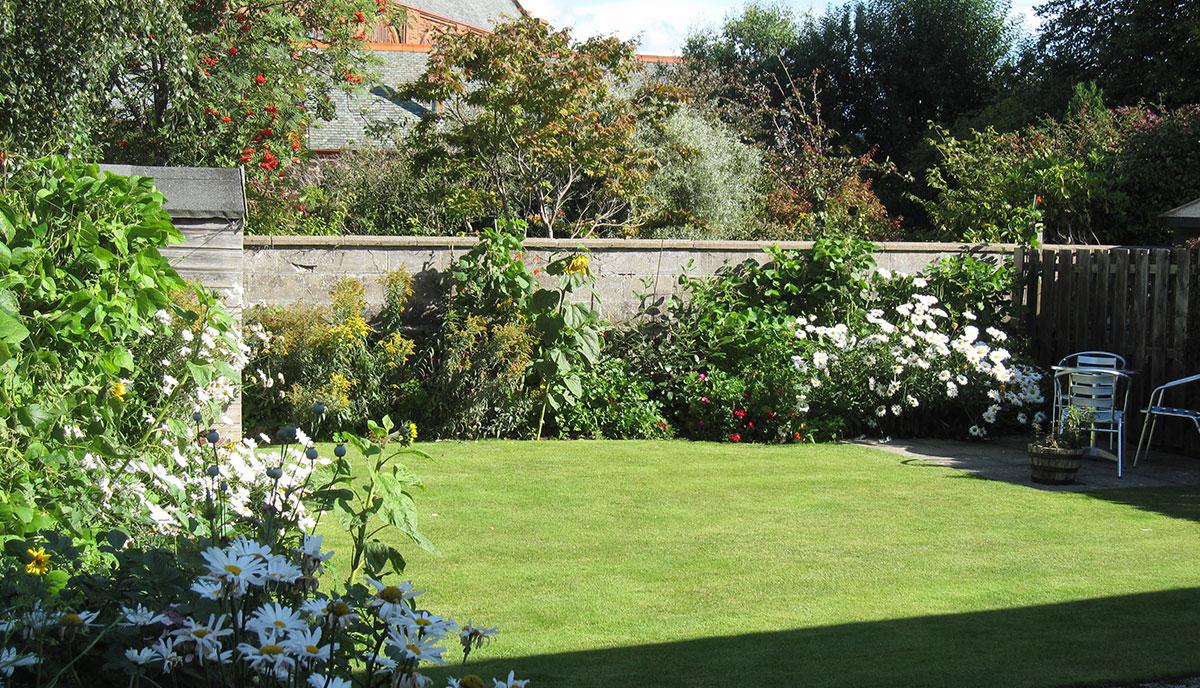 Church-back-garden-Sept-2015