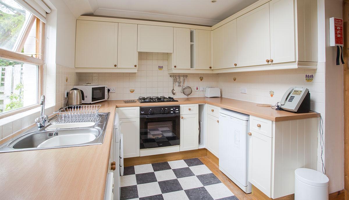 Stable-Kitchen-3